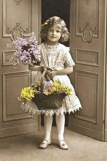 1917lilacs_basket