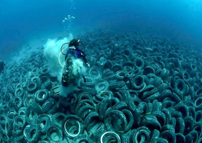 plastic-soup-pacific-ocean-more-than-green_3-650x461